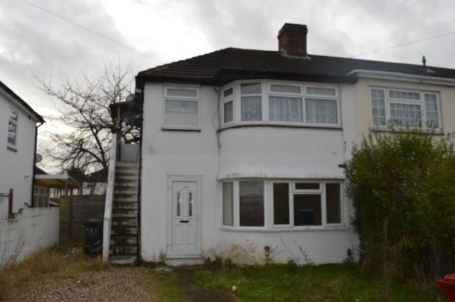 24b Wiltshire Avenue, Slough, Berkshire