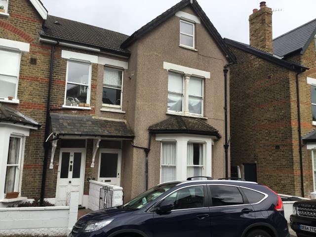 Flat 3, 18 Larkfield Road, Richmond, Surrey