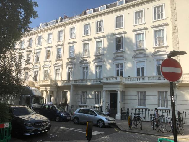 Flat 4a, 6-8 St Georges Square, Pimlico, London