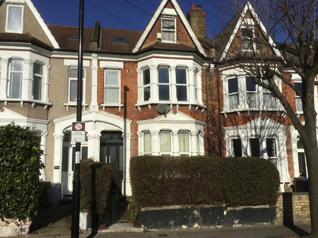 Flat 3, 247 Holmesdale Road, London