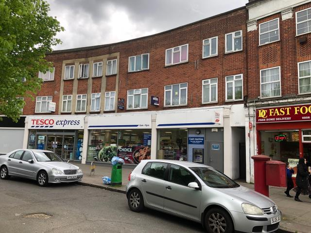 31 Shaftesbury Circle, Harrow, Middlesex